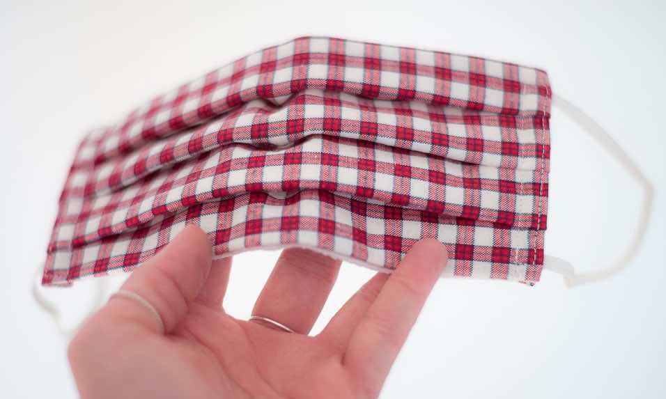 DiY Mund-Nase-Bedeckung Stoff
