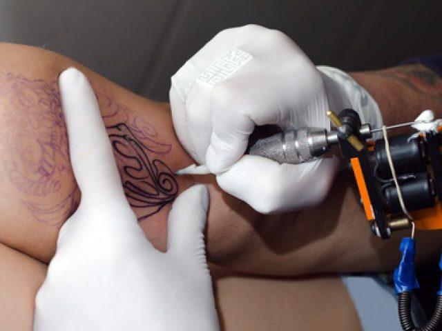 Tattoo: Körperschmuck mit Risiken